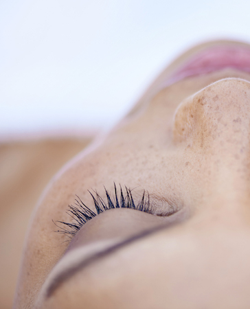 teinture cils sourcils marseille - institut de beauté anne barra